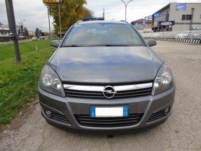 usata Opel Astra 1.9 CDTI 120CV Station Wagon