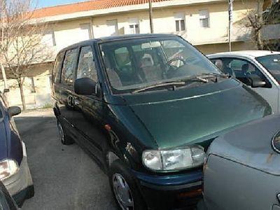 usata Nissan Serena diesel E5 porte SLX
