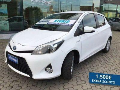 usata Toyota Yaris 1.5 hybrid Lounge+ 5p