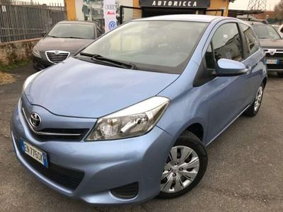 usata Toyota Yaris 1.0 3 porte Edition Touch screen!