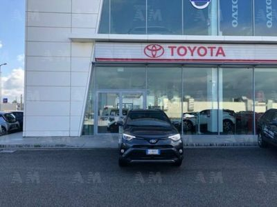 gebraucht Toyota RAV4 Hybrid 2WD Style del 2017 usata a Gioia Tauro