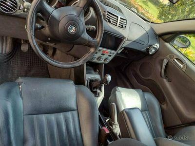 usata Alfa Romeo 147 1.6i 16V T.S. (105 CV) cat 5p. Connect