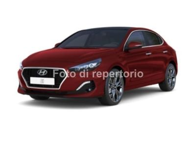 usata Hyundai i30 FASTBACK 1.4 T-GDI BUSINESS