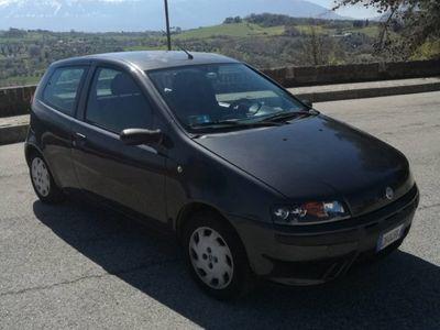 gebraucht Fiat Punto 1.2i 16V cat 3 porte ELX del 2003 usata a Abbateggio