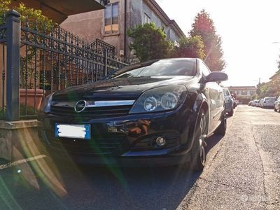 usata Opel Astra GTC astra h
