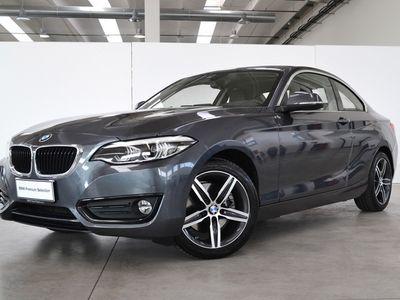 usata BMW 220 i Coupè Advantage aut.