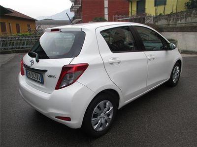 usata Toyota Yaris 1.3 5 porte Active