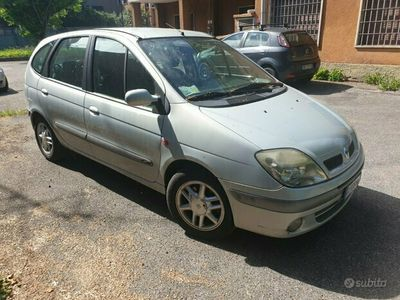 usata Renault Scénic 1.9 dci solo 500euro