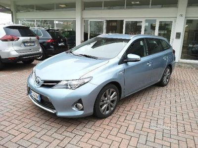używany Toyota Auris Hybrid STUPENDA