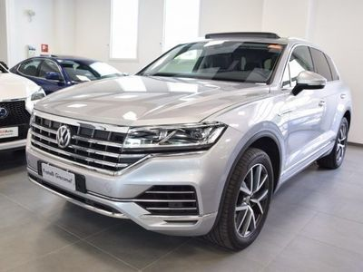 used VW Touareg 3.0 TDI 286 CV Advanced del 2018 usata a Assago