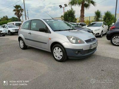 usata Ford Fiesta VAN 1.4TDCI 68cv KM 125000 Anno 2009