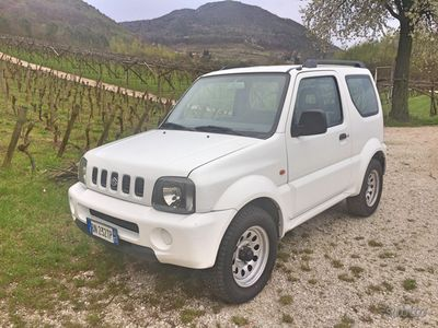 usado Suzuki Jimny 4x4 2001 AUTOVETTURA
