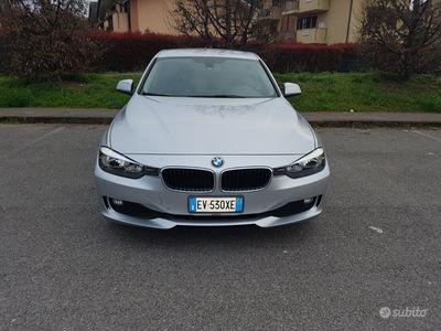 usata BMW 320 d touring con 68.000 garanzia ufficiale