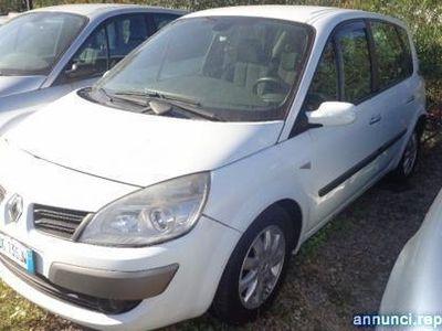 używany Renault Scénic 1.9 dCi/130CV Serie Speciale Bologna