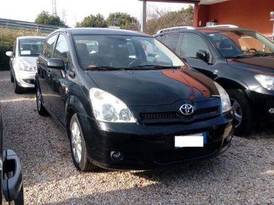 usata Toyota Corolla Verso 2.0 16V D-4D Ottime condizioni