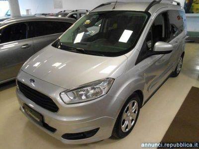 gebraucht Ford Tourneo 1.5 TDCI 75 CV Titanium