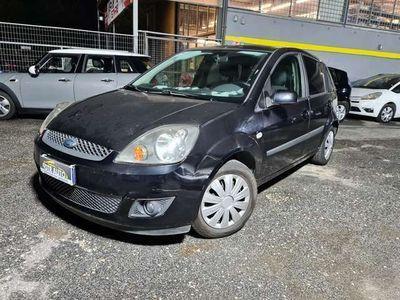 usata Ford Fiesta 1.4 TDCi 5p. Ghia OK NEOPATENTATI