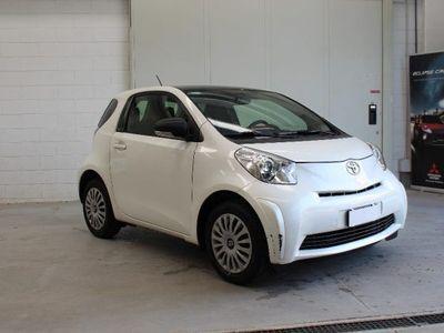 used Toyota iQ 1.0 benzina 68cv*Cambio automatico*OK NEOPATENTATI