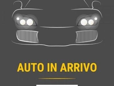 usata Renault Clio TCe 12V 90 CV 5P Moschino Zen - AZIENDALI