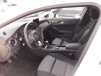 usata Mercedes 180 GLA GLA-X156 2017 DieselBusiness