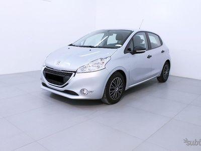 usata Peugeot 208 1.4 HDi Business