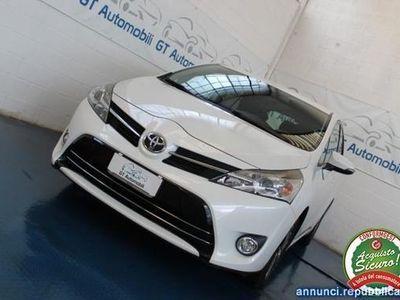 usata Toyota Avensis Verso 1.6 D 4D Style 7 posti Pregnana Milanese
