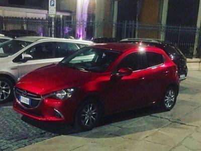 usata Mazda 2 rosso metallizzato
