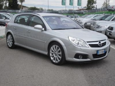 usata Opel Signum 3.0 V6 CDTI Elegance