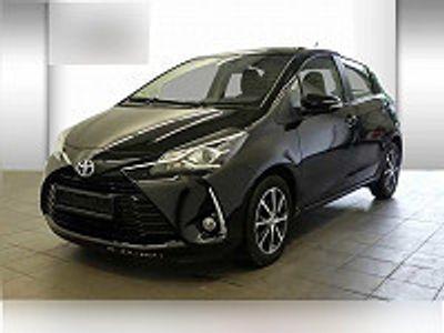 usata Toyota Yaris 1.0 Vvt-i Team Deutschland Navi