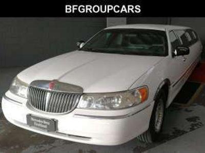 usata Lincoln Town Car limousine 9 posti benzina