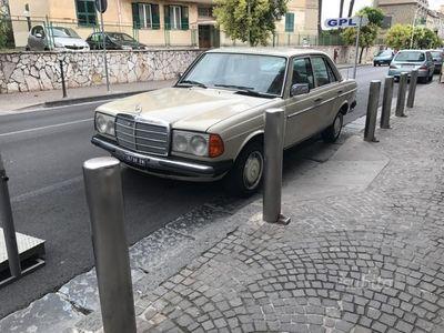 usata Mercedes 240 D 1982 uniproprietario