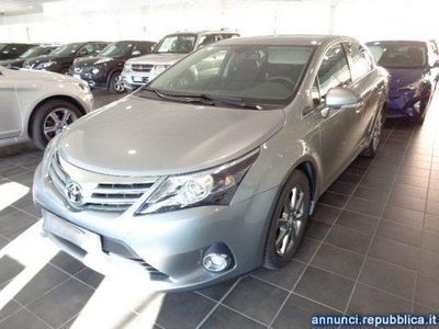 usata Toyota Avensis 2.0 D-4D Lounge