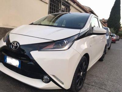 usata Toyota Aygo 1.0 VVT-i 69 CV 5 porte x-wave MMT