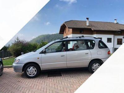 usata Toyota Picnic 2.2 90 cv omologata 7 posti 245000km