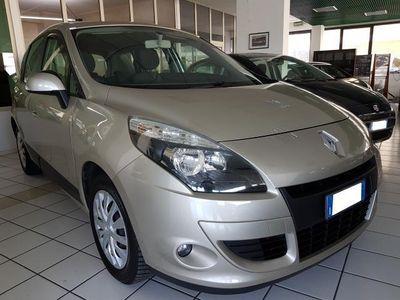 usata Renault Scénic 1.5 dCi 110CV EDC Luxe