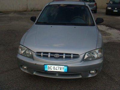usado Hyundai Accent 1.3i 12V cat 5 porte GLS Max