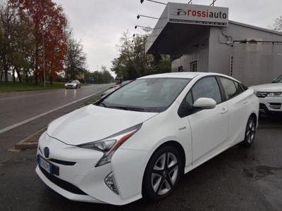 usado Toyota Prius Style 1.8 hybrid Anche a noleggio per week o mese