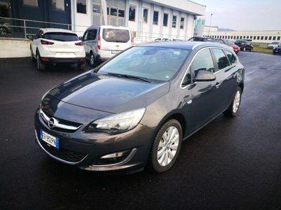 usado Opel Astra 1.7 CDTI 110CV Sports Tourer Cosmo