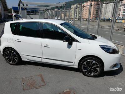 gebraucht Renault Scénic xmod 1.5 dci 110 BOSE