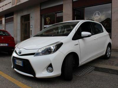 usata Toyota Yaris Hybrid Hybrid