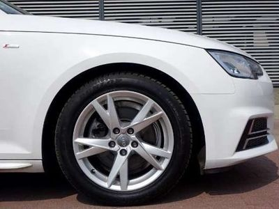 usata Audi A4 S LINE B9 2.0TDI Navi Full