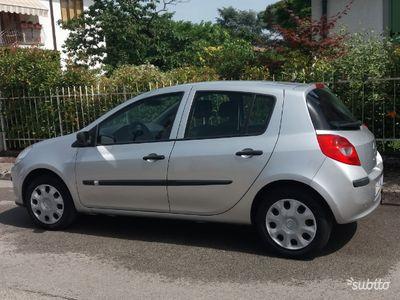 usata Renault Clio 1.2 16 V 5 porte Luxe anno 2006