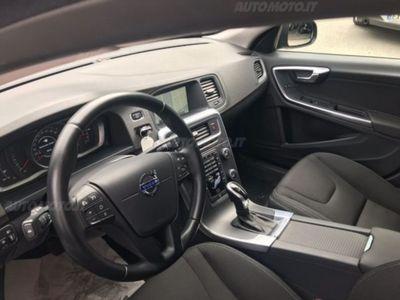 brugt Volvo S60 D3 Momentum*Automatico*Navi*Unicoproprietario