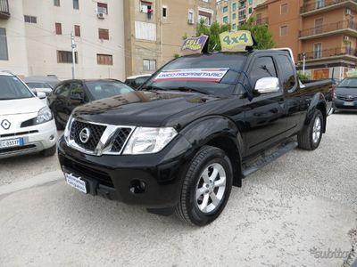 usata Nissan King navarakab con gangio traino full 2010