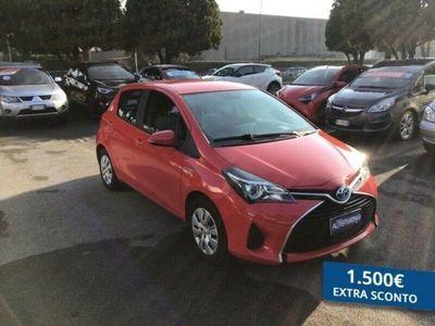 usata Toyota Yaris 1.5 hybrid Cool 5p