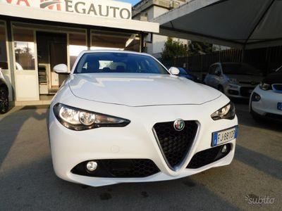 usado Alfa Romeo Giulia 2.2 Turbodiesel 150cv AT8 2017