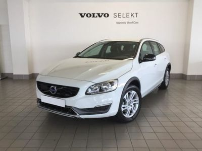 used Volvo V60 CC D3 Geartronic Momentum usato