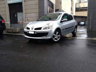 usata Renault Clio 1.5 dCi 85CV 5 porte