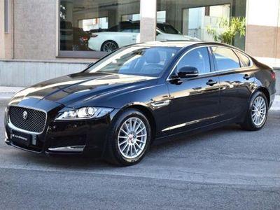 usata Jaguar XF 2.0d 180 CV Prestige Aut. Business
