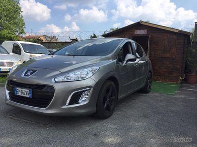 usata Peugeot 308 1.6 diesel 67mila km euro 5 2013